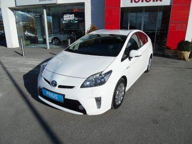 Toyota Prius 1,8 VVT-i Hybrid Premium 12 bei Auto Bacher GmbH in