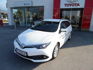 "Toyota Auris TS 1,8 VVT-i Hybrid Active inkl. TSS ""JAHRESWAGEN!"" bei Auto Bacher GmbH in"