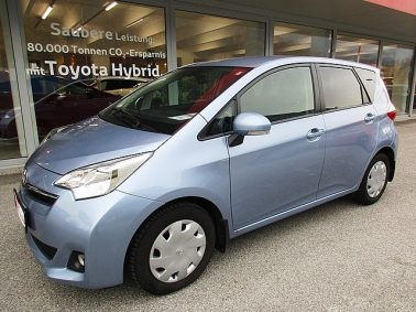 Toyota Verso S 1,4 D-4D90 Active DPF m. LOUNGE-Paket bei Auto Bacher GmbH in