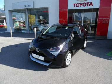 Toyota Aygo 1,0 VVT-i x-play bei Auto Bacher GmbH in