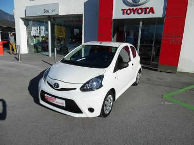 Toyota Aygo 1,0 VVT-i Young bei Auto Bacher GmbH in